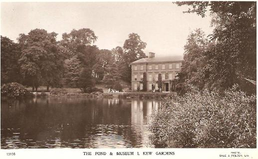 Kew pond and museum