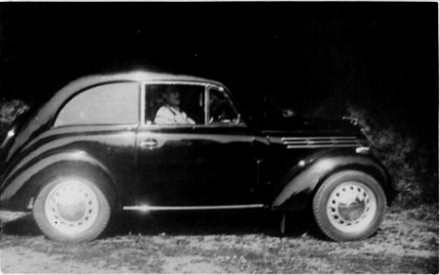 Sidney Price with car