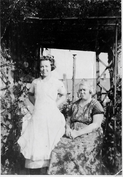Annie Price and May Rees