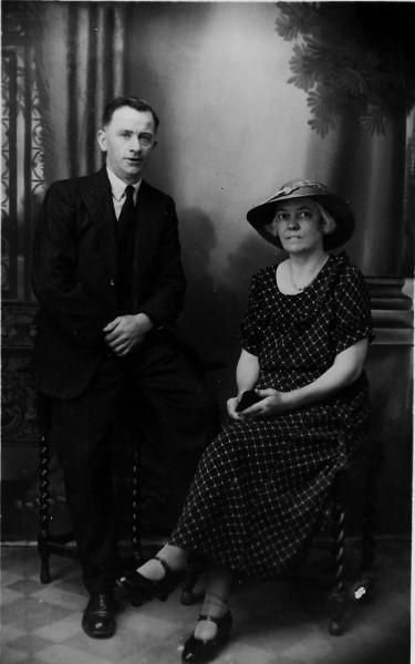 Arthur and Elizabeth Ann Price