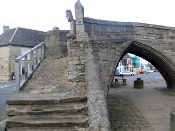 Crowland Bridge - arch