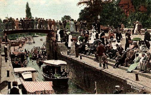 Boulter's Lock, evening, Maidenhead
